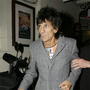 Ronnie Wood Plays Too Hard