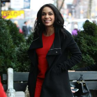 Rosario Dawson's gum help for girl-on-girl kiss