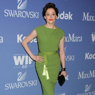 Rose Mcgowan Gets Engaged