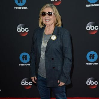Roseanne Barr wants online talk show