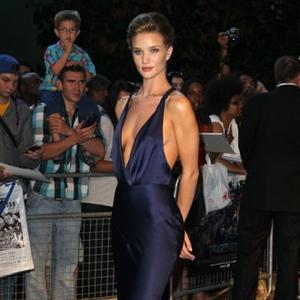 Huntington-whiteley Wows At Transformers 3 Premiere