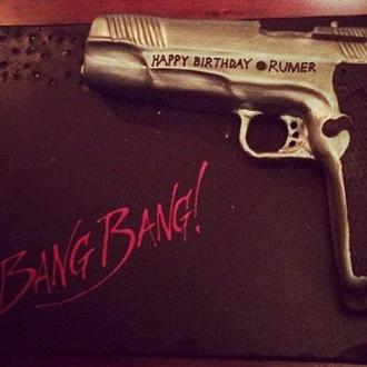 Rumer Willis Celebrates Birthday With Gun-themed Cake