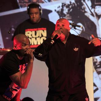 Run-DMC call for peace at show