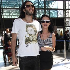 Russell Brand Wants Japanese Wedding