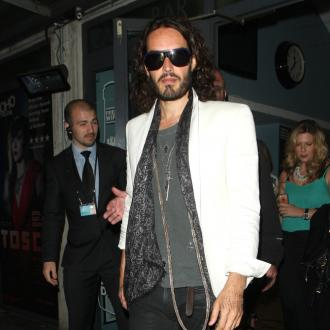 Russell Brand Wants Jemima Khan To Move To Los Angeles