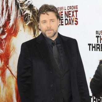 Russell Crowe Misses Kids