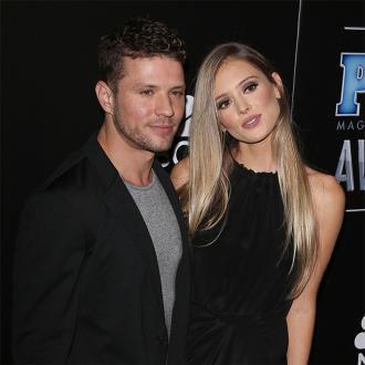 Ryan Phillippe splits from Paulina Slagter