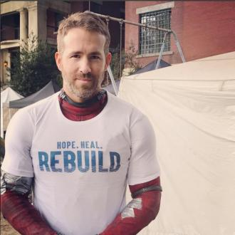 Ryan Reynolds urges fans to support Hurricane victims