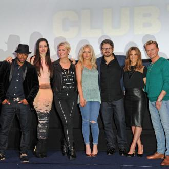 S Club 7 reunited over takeaway