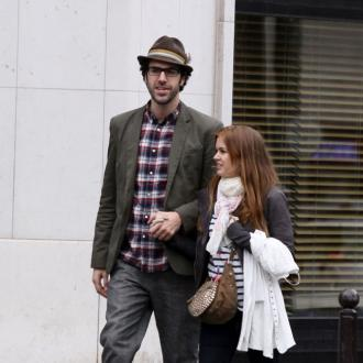 Isla Fisher mistaken for Sacha Baron Cohen's daughter