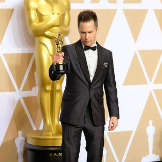 Sam Rockwell dedicates Oscar to Philip Seymour Hoffman