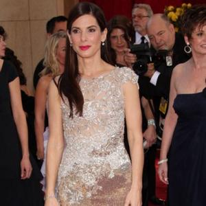 Sandra Bullock's 'Great' Scarlett Kiss