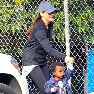 Sandra Bullock And Melissa Mccarthy Connect Through Kids