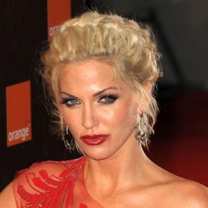 Sarah Harding Had Horse Therapy In Rehab