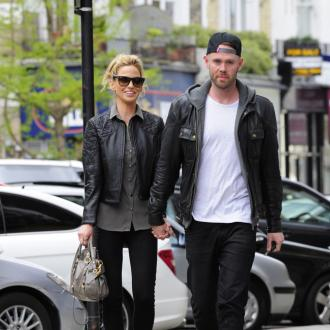 Sarah Harding Wants To Marry Before Christmas