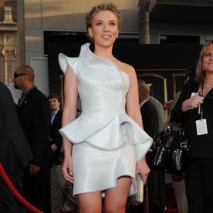 Scarlett Johansson Shuns Chores