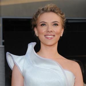 Scarlett Johansson Gets Under The Skin