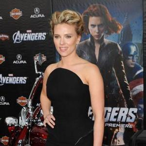Scarlett Johansson Has 'Body Worries'