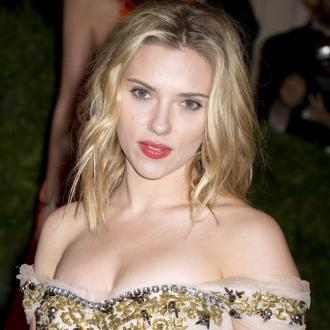 Scarlett Johansson's Co-star Nervous About Nude Scene