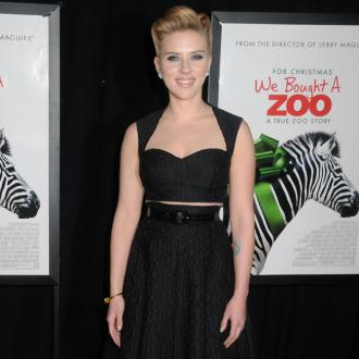 Scarlett Johansson signs up for action movie