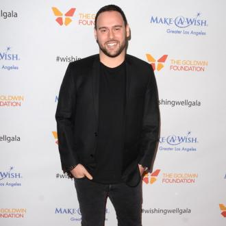 Scooter Braun praises 'kind' Taylor Swift