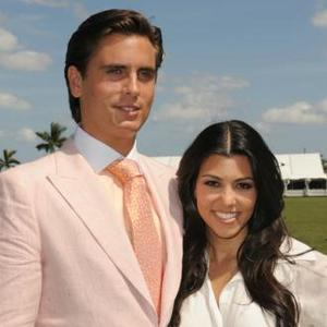 Scott Disick And Kourtney Kardashian Sleep In Separate Beds