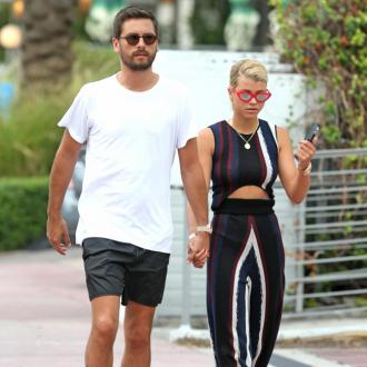 Sofia Richie And Scott Disick Hold Hands As They Went Christmas Shopping