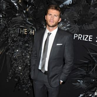 Scott Eastwood's 'peaceful' surf