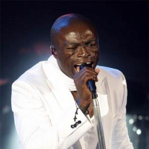 Seal 'Bullied' Into Music