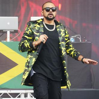 Sean Paul bids for sweaty towel on eBay