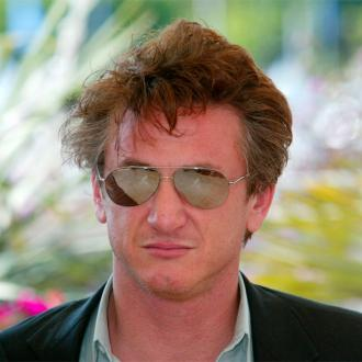 Sean Penn: Madonna Is So Hot