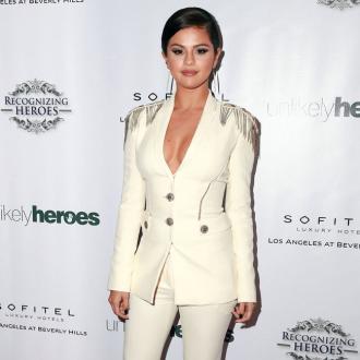 Selena Gomez's Tinder Fear