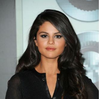 Selena Gomez 'absolutely' questioned sexuality