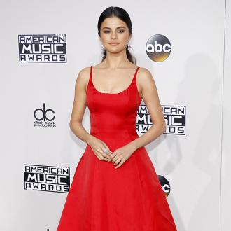 A fan of Selena Gomez tried to deliver phallic flower bouquet