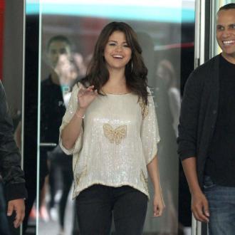 Selena Gomez: Justin Has Swag