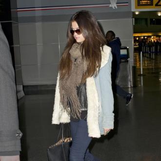 Selena Gomez Avoids Love Life Rumours