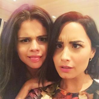 Selena Gomez And Demi Lovato Friends Again