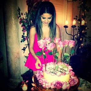 Selena Gomez Enjoys 'Most Incredible' Birthday