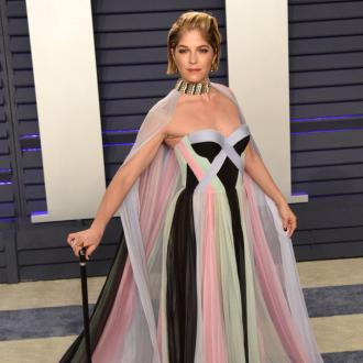 Selma Blair returns to public life at Vanity Fair Oscars Party