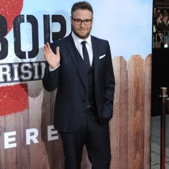 Seth Rogen embarrassed by tweeting mom
