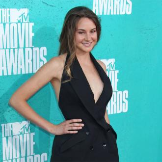 Shailene Woodley Strives To Look Natural