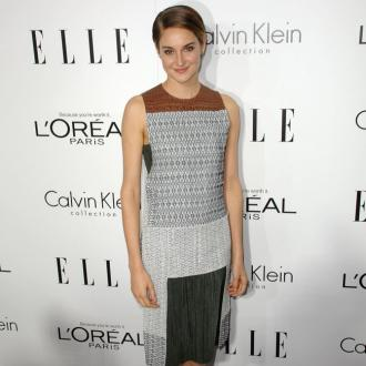 Shailene Woodley Loves Short Hair Trend