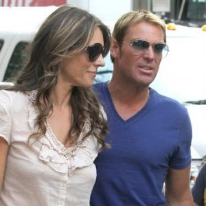 Elizabeth Hurley Mocks Shane's 'Merciless' Eyebrows