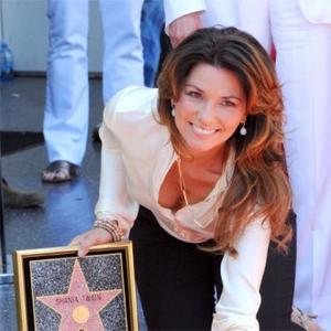 Shania Twain Receives Walk Of Fame Honour
