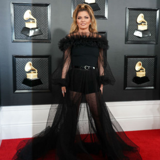 Shania Twain rewears Man! I Feel Like a Woman! outfit
