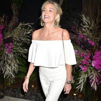 Sharon Stone plans dating disaster book
