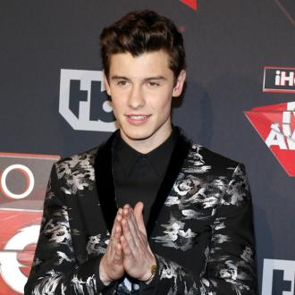 Shawn Mendes to pen new album while on the road