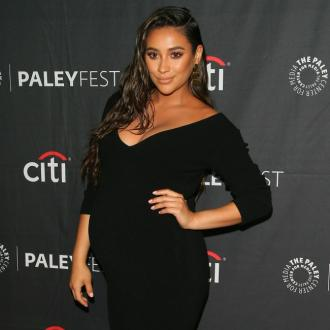 Shay Mitchell won't take maternity leave