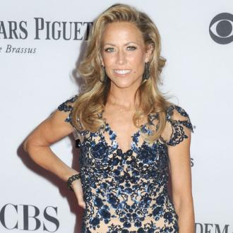 Sheryl Crow 'bribes' her sons