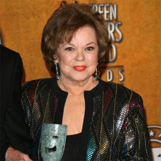 Shirley Temple dies aged 85